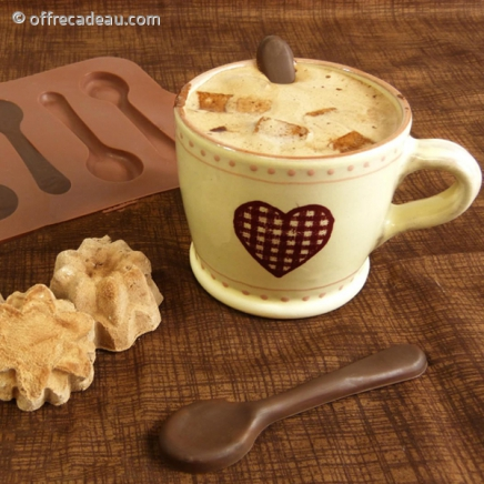 moule chocolat en forme de cuill re dessert. Black Bedroom Furniture Sets. Home Design Ideas